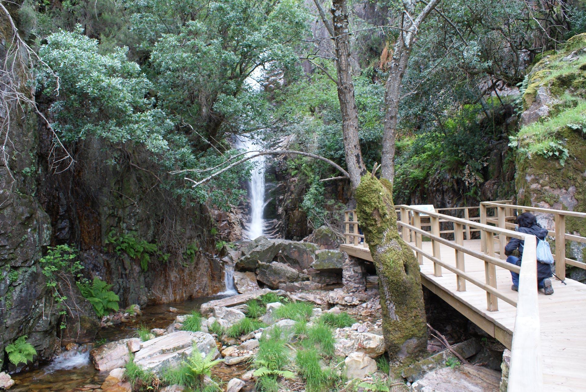 Ruta-del-Chorro,-Chorrera-Chica-y-Rocigalgo